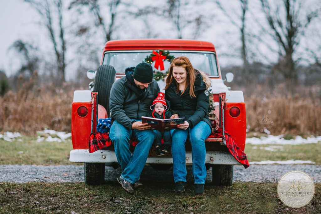 Vintage Truck Family Christmas Photography Rochester, NY