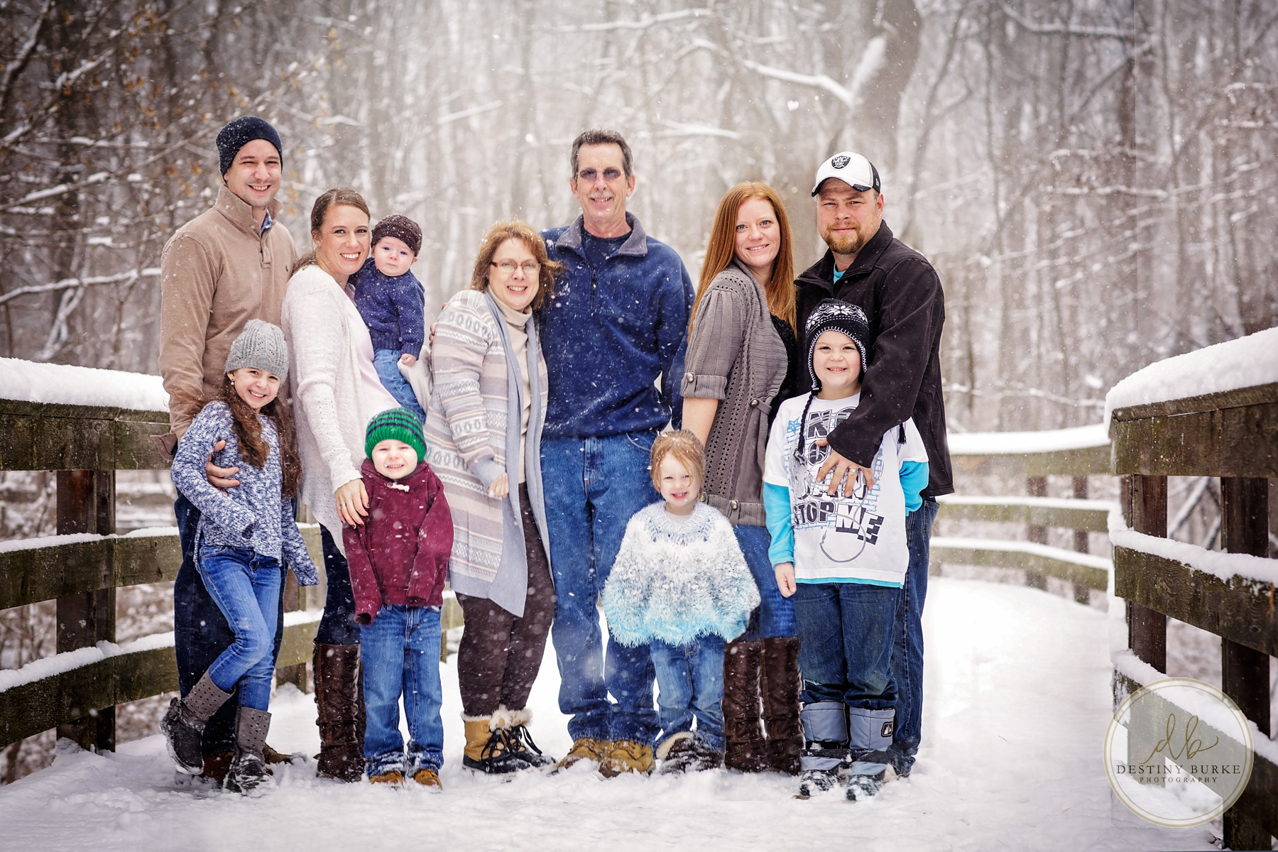 Snowy Family Portrait, Siblings, Parents, Kids, Children, Winter, Photography Rochester, NY