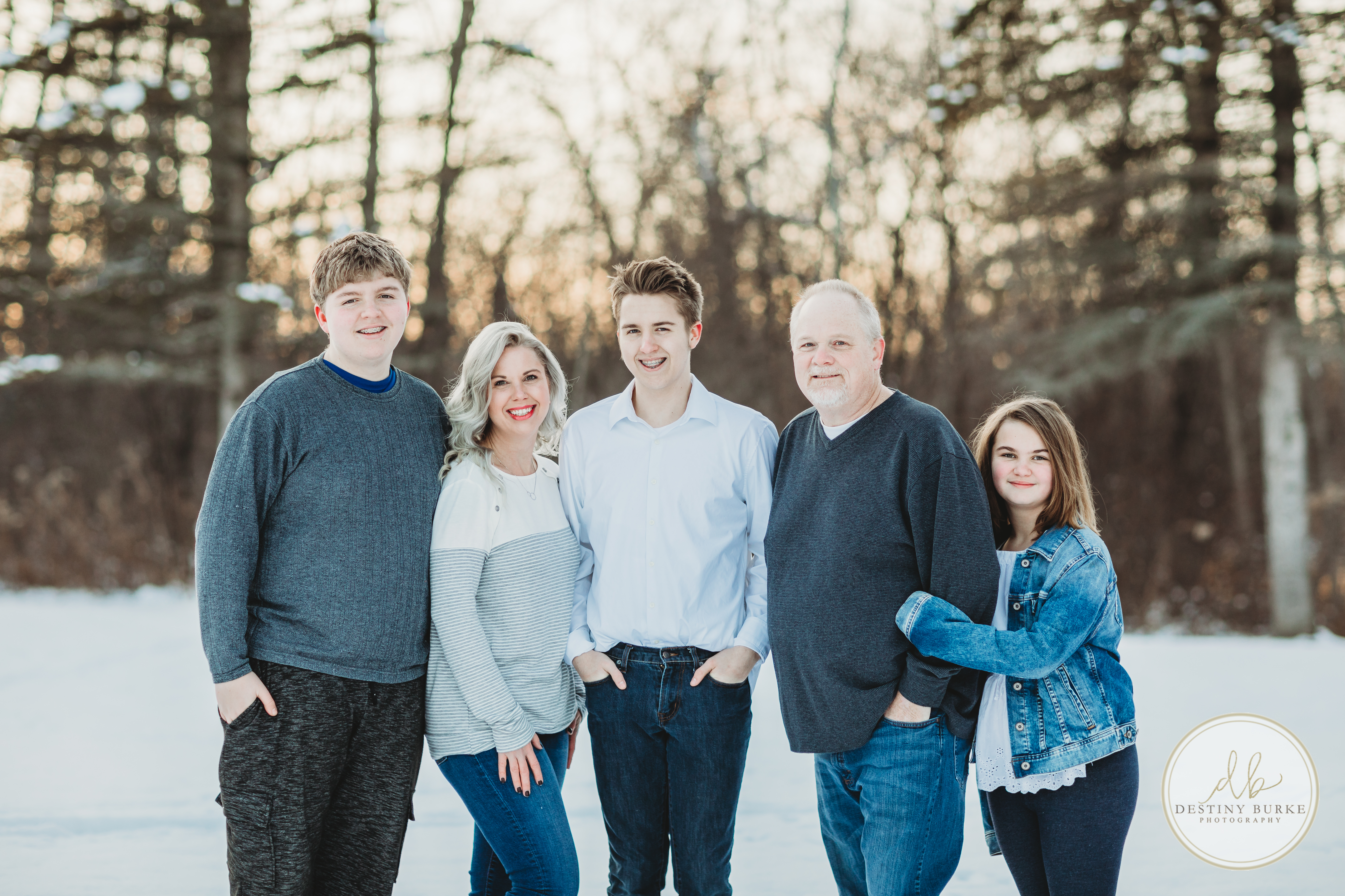 Family, Session, in, Snow, Sunset