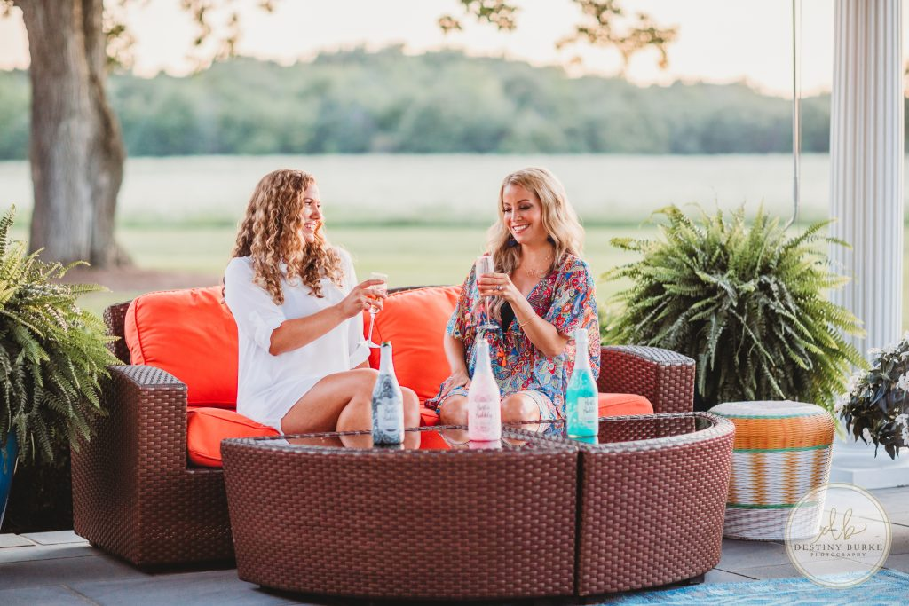 Bestie Bubbly Wine, Andrea Weigand, Photography, Girls, Wine, sunset,