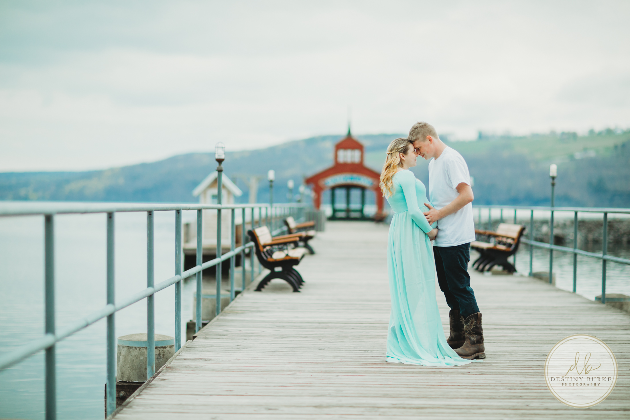 Watkins Glen, Pier, Maternity, Session, dress, water,
