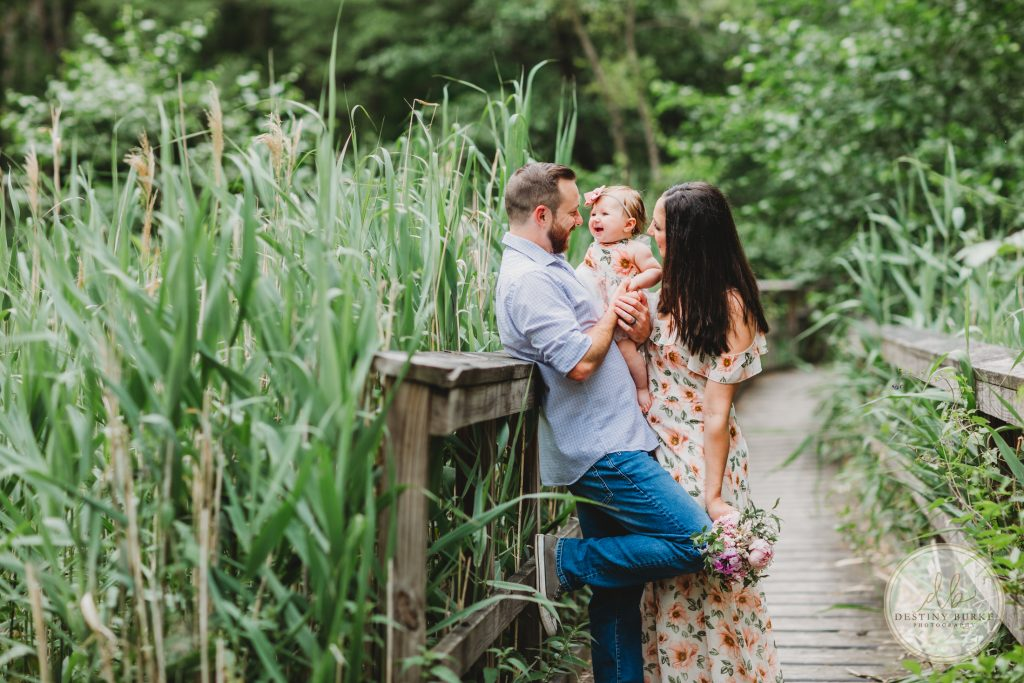 Family, Family of three, 6 months old, baby, baby girl, family posing, Helmer Nature Center, Rochester, Irondequoit, Sungrove Blossoms and Events